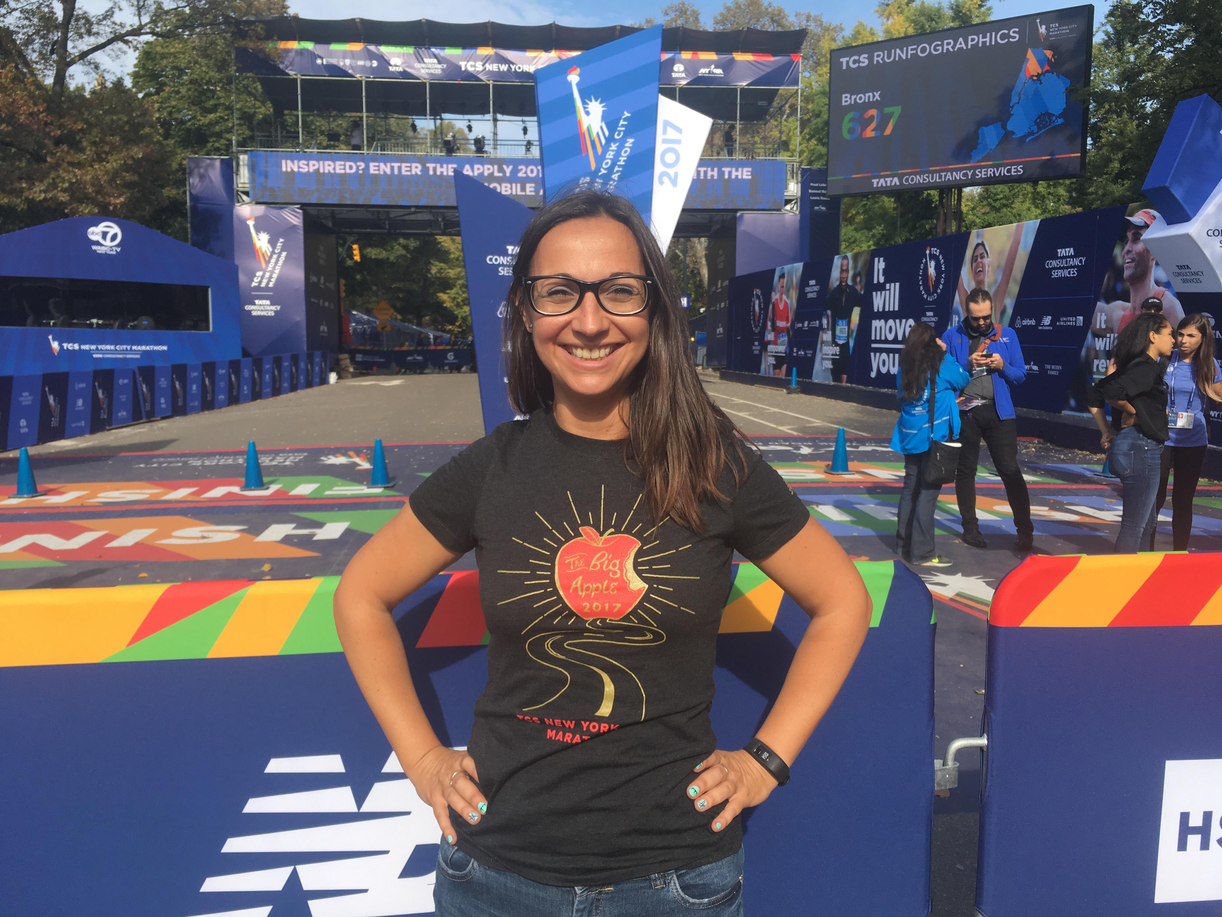 Meta de la TCS New York City Marathon en Centra Park, antes de la carrera, al lado del TCS New York City Marathon Pavilion